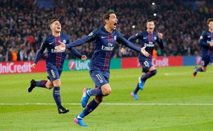 Angel di María, en el día de su cumpleaños, marcó un doblete, pero la figura del PSG contra Barcelona no fue uno o dos jugadores sino todo el equipo, que dieron un paso importante este martes para calificar a cuartos de final de la Liga de Campeones de Europa. (AP)