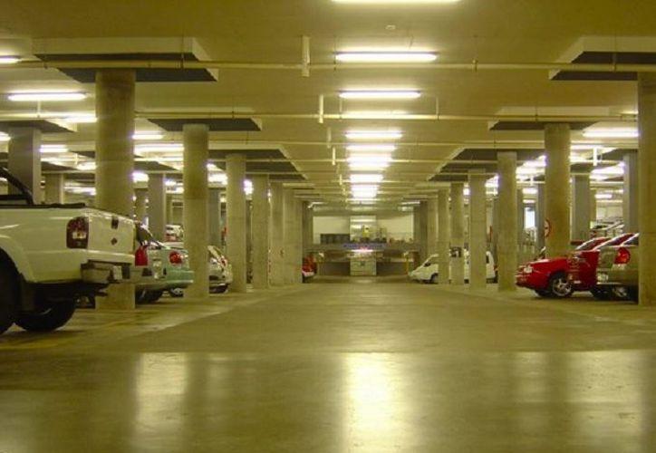 El seguro cumple cierto tipo de daños y perjuicios, según la modalidad del estacionamiento. (Excelsior)