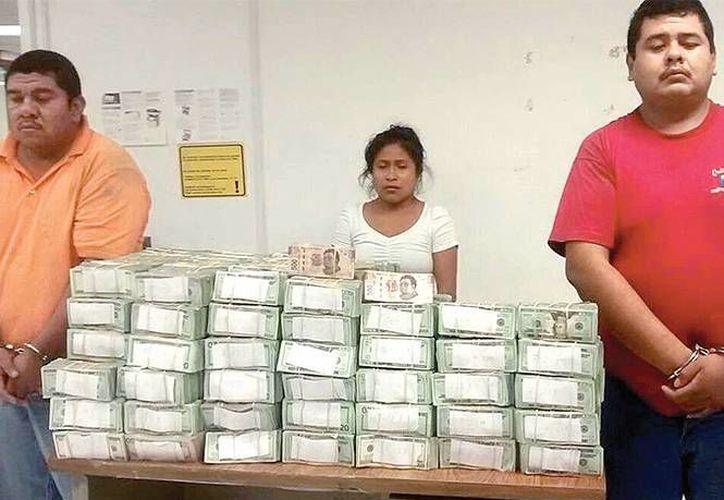Autoridades detuvieron a los hermanos Rolando y Luis Miguel Aguilar Roca, además de María Félix Villanueva Morales. (Héctor González/excelsior.com.mx)