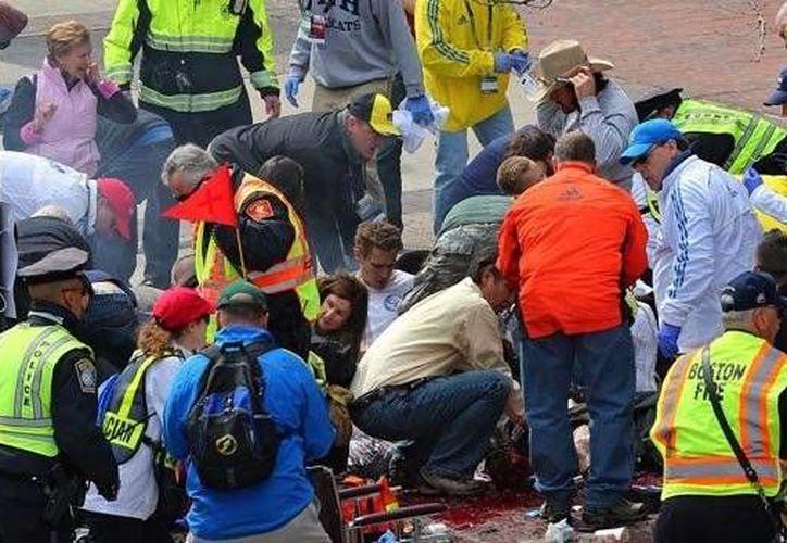 Los hermanos Tsarnaev colocaron dos bombas cerca de la meta del maratón de Boston el 15 de abril del 2013; las explosiones mataron a tres personas. (Archivo/AP)