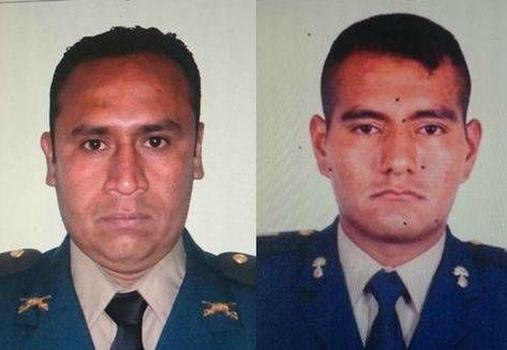 """La Sedena capturó en Tamaulipas a los tenientes José Manuel """"N"""" y Ambrosio """"N"""". (Milenio)"""