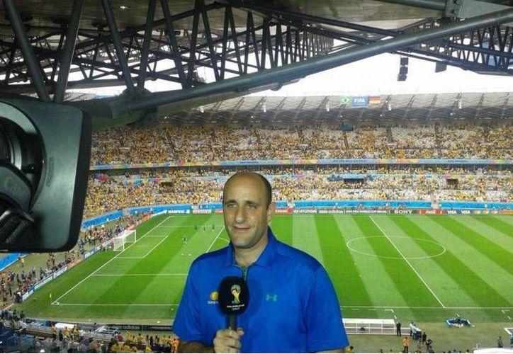 Tras 20 años, Alberto Lati ya no trabajará más para Televisa Deportes por desacuerdos con los directivos. (Twitter y Milenio)
