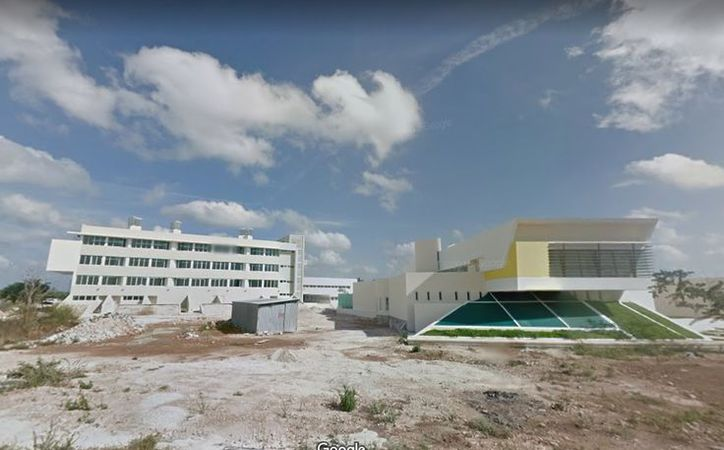 La Facultad de Psicología aún cuenta con espacios disponibles para sus carreras. (Google)
