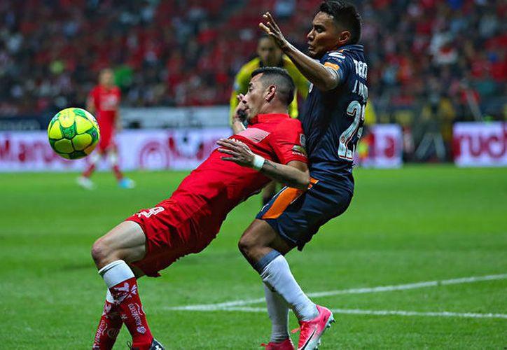 El empate de Chivas ante Toluca no es el mejor resultado, pero fue beneficioso. (Medio Tiempo)