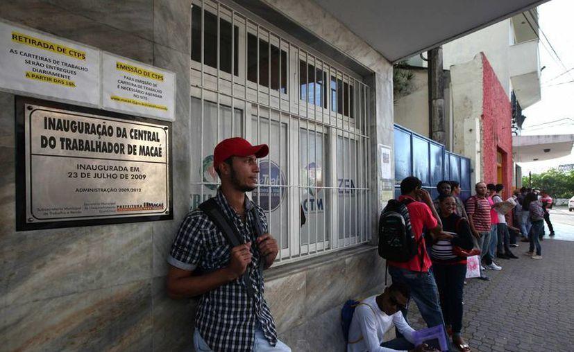 En Brasil, el número de despidos está superando al de contrataciones, cifras que preocupan al gobierno. (EFE)