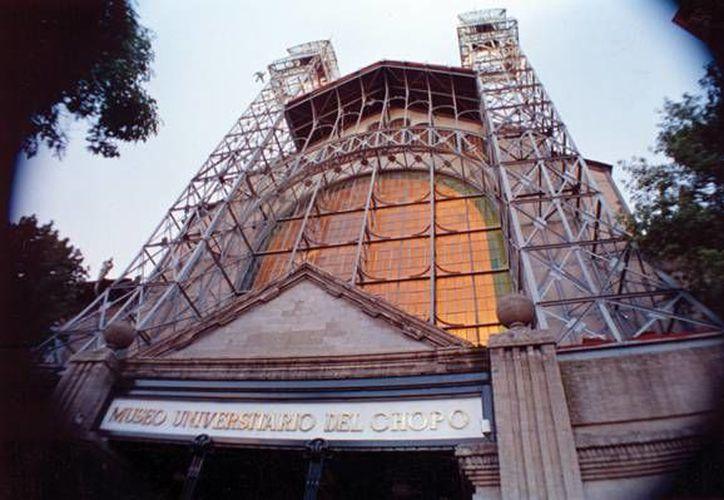 Ubicado en Santa María la Ribera,  en la Ciudad de México, el Museo Universitario del Chopo fue inaugurado el el 25 de noviembre de 1975 y hasta la fecha ha servido como espacio para las expresiones artísticas callejeras y multidisciplinarias de México. (Imágenes del chopo.unam)