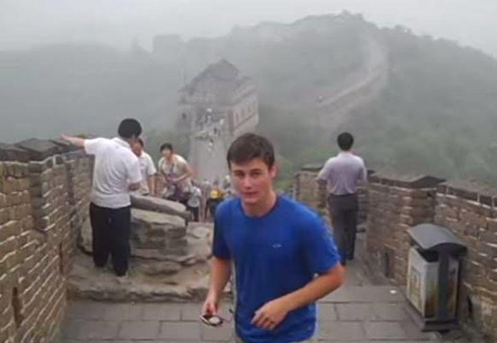 Camboya, Grecia, China, Francia, Israel y Londres son algunos de los países por el que viajó  Jack Hyer. (YouTube)