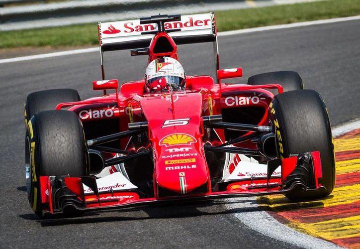 En la última clasificación del Gran Premio de Bélgica, Sergio Pérez, piloto mexicano, se colocó en la posición 4 de salida. En la imagen, Sebastian Vettel, quien saldrá en la posición 8. (The Associated Press)
