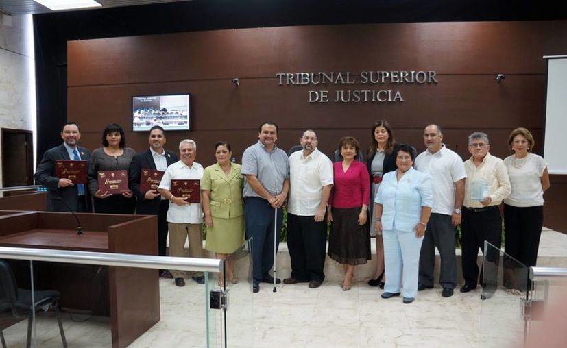 Ponentes del Taller sobre Juicios Orales, en la VIII Semana Jurídica y Cultural del Poder Judicial del Estado. (Milenio Novedades)