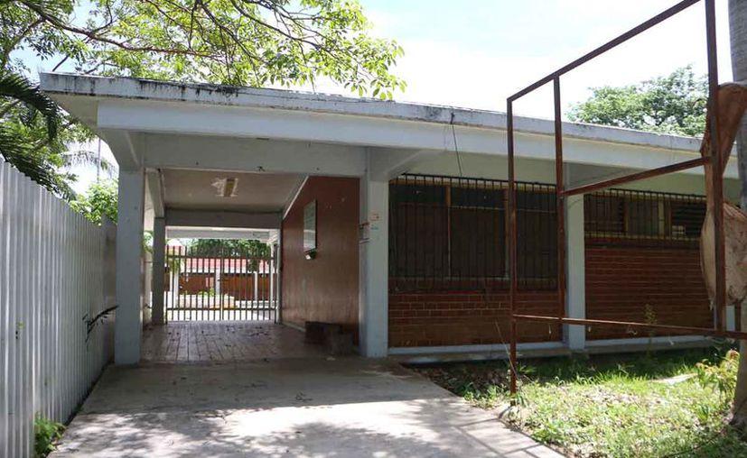 Repararán escuelas robadas y vandalizadas. (Paola Chiomante/SIPSE)