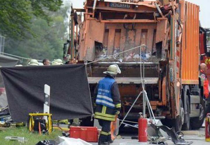 """La causa del accidente podría ser un """"fallo técnico"""" del vehículo pesado. (Excelsior)"""