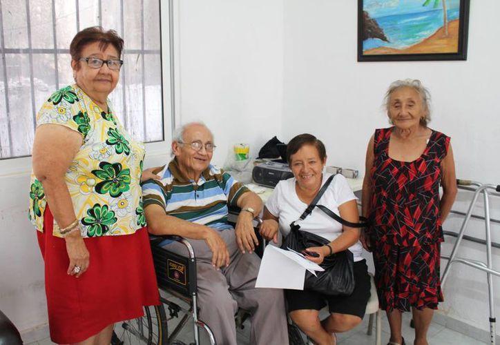 Cuatro personas de la tercera edad representarán a Playa del Carmen en el duelo, donde todos los municipios participarán. (Luis Ballesteros/SIPSE)