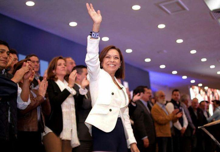 """Durante su toma de protesta como candidata del PAN a la gubernatura del Estado de México, Josefina Vázquez Mota dijo que """" hoy comienza la cuenta regresiva en el PRI"""". (Foto: Twitter: @GerardoPliegoMx)"""