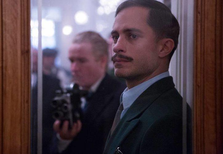 En la película 'Neruda', Gael García (foto) interpreta a Óscar Peluchonneau, personaje por el que ha sido reconocido en diferentes festivales de cine.(Archivo/AP)