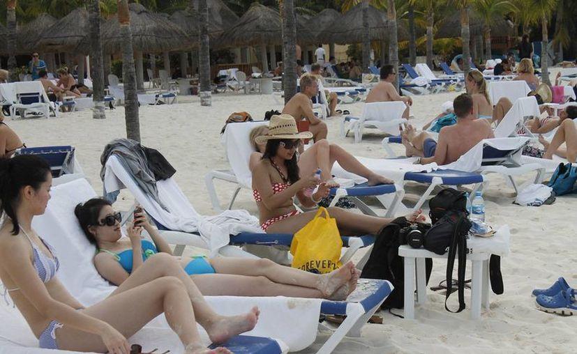 El nuevo programa de estudios mejorará el servicio a los turistas. (Jesús Martínez/SIPSE)