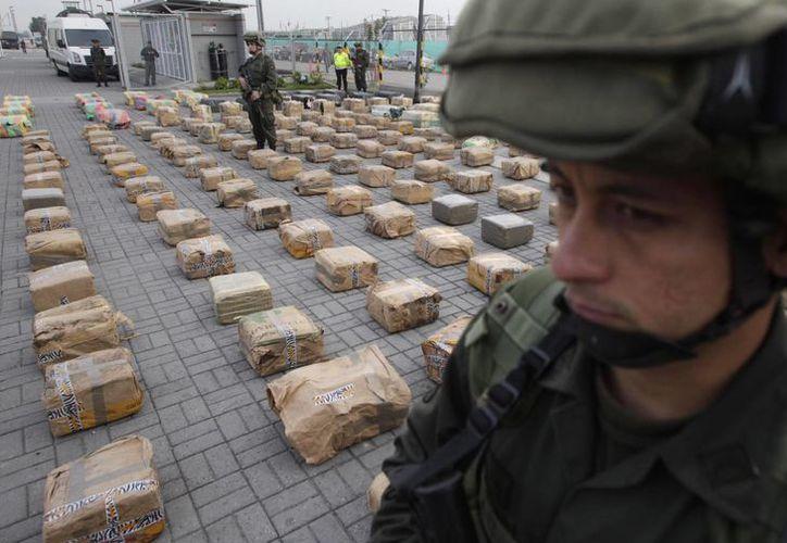 La administración estadunidense ampliará los programas de prevención y tratamiento de consumo de drogas como parte de la nueva estrategia nacional. (Agencias)