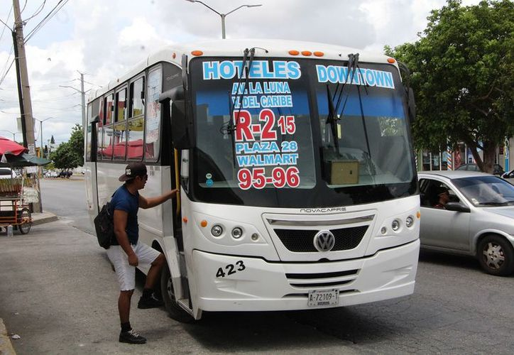 Actualmente las empresas de Autocar, Turicun y Maya Caribe son las que brindan el servicio (Paola Chiomante/SIPSE)