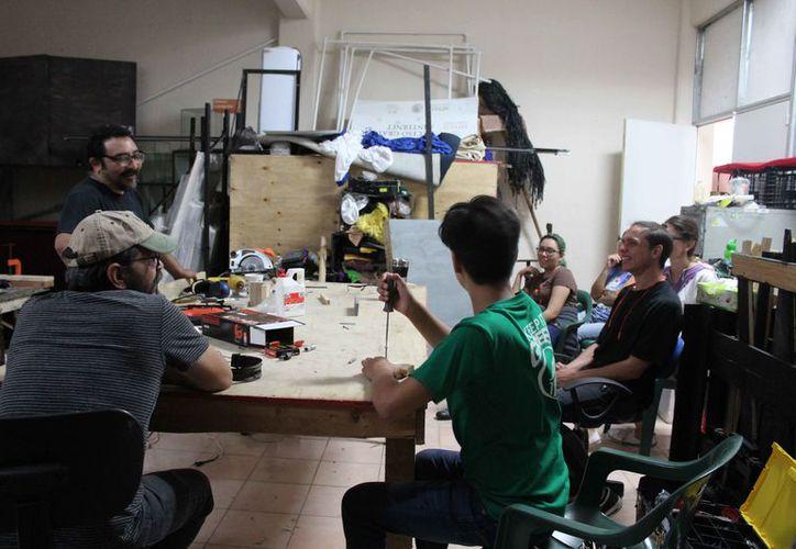 Los alumnos estuvieron atentos en el taller teórico y práctico. (Faride Cetina/SIPSE)