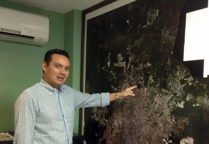 """""""Con los permisos, Desarrollo Urbano regula el crecimiento de la ciudad"""", aseguró Aref Karam Espósitos. (Milenio Novedades)"""