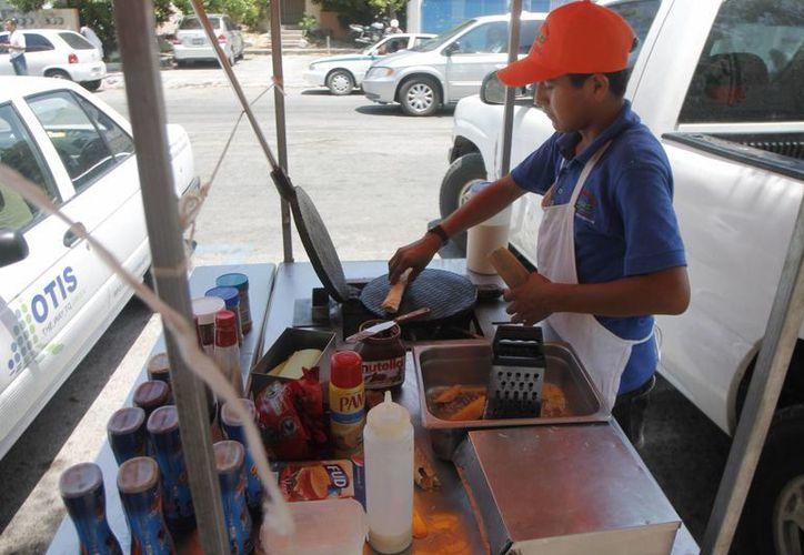 La mitad de la población ocupada en Quintana Roo trabajan en la informalidad. (Jesús Tijerina/SIPSE)