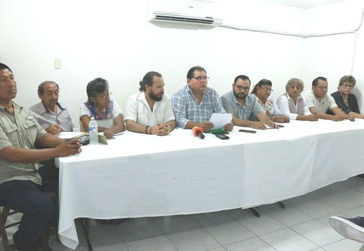 En la rueda de prensa participaron integrantes de agrupaciones como la UNT, FASU y END. (José Acosta)