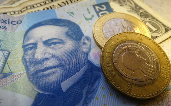 El billete verde se adquiere en un mínimo de 19.20 pesos. (Archivo/SIPSE.com)