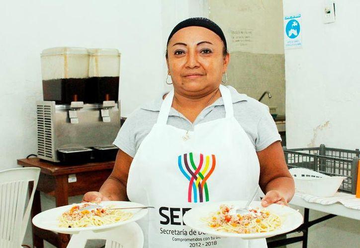 Los comedores apoyan a familias. (Foto: Milenio Novedades)