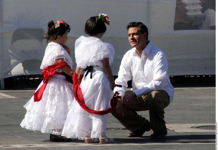 Enrique Peña Nieto cuando grabó promocionales para su campaña, en Veracruz, a principios de 2012. (Archivo)