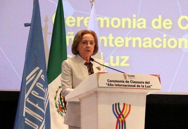 La presidenta del Comité Nacional de dicho evento en México, Ana María Cetto llamó a hacer conciencia sobre las bondades de la luz. (José Acosta/SIPSE)
