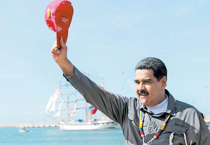 "Maduro aseguró el miércoles llegará a Lima ""llueve, truene o relampaguee"". (Reuters)"