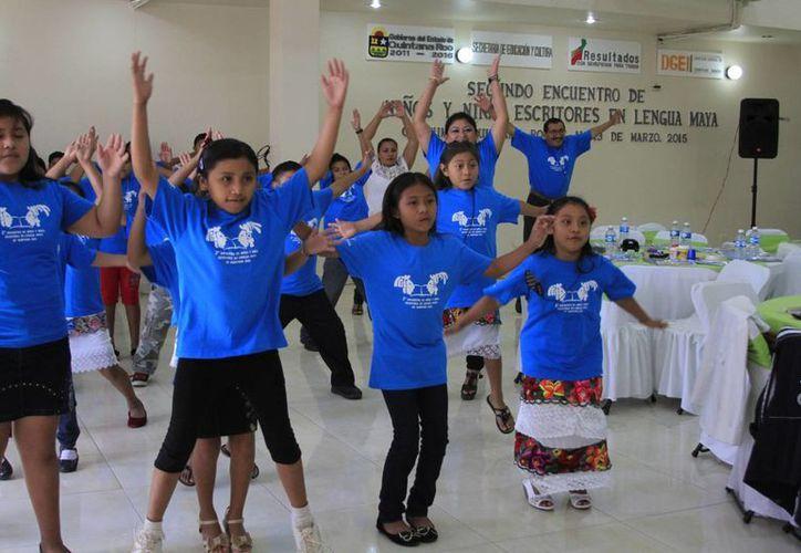 """Son 54 menores los que participarán en el """"Segundo Encuentro de Niñas y Niños Escritores en Lengua Maya"""". (Harold Alcocer/SIPSE)"""