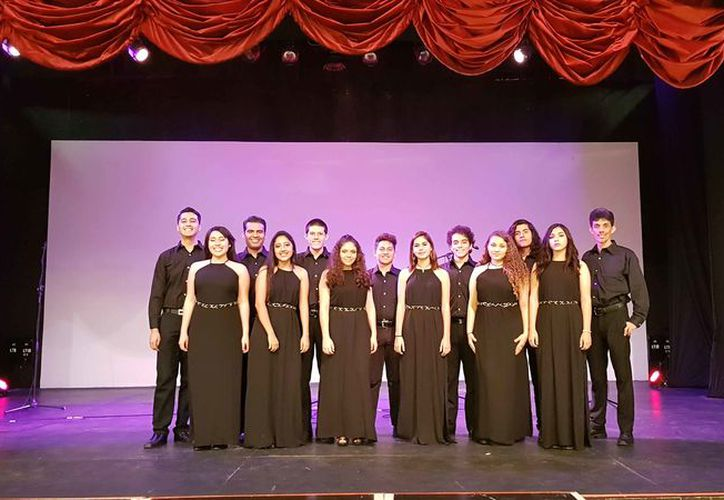 Los jóvenes se presentaron en diciembre en el teatro Peón Contreras en Mérida. (Faride Cetina/SIPSE)