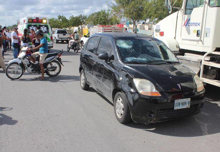 El vehículo involucrado en el percance. (Redacción)