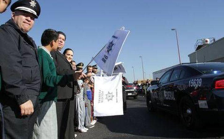 Los miles de agentes policiacos que participarán en el Operativo Invierno, incluidos cadetes de la Gendarmería Nacional, vigilarán rutas de tránsito carretero. (Milenio)