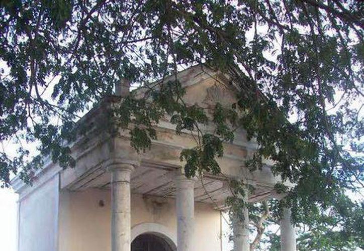 """En esta parte del cementerio también vieron el fanstasma del """"vaquero"""". (Jorge Moren/SIPSE)"""