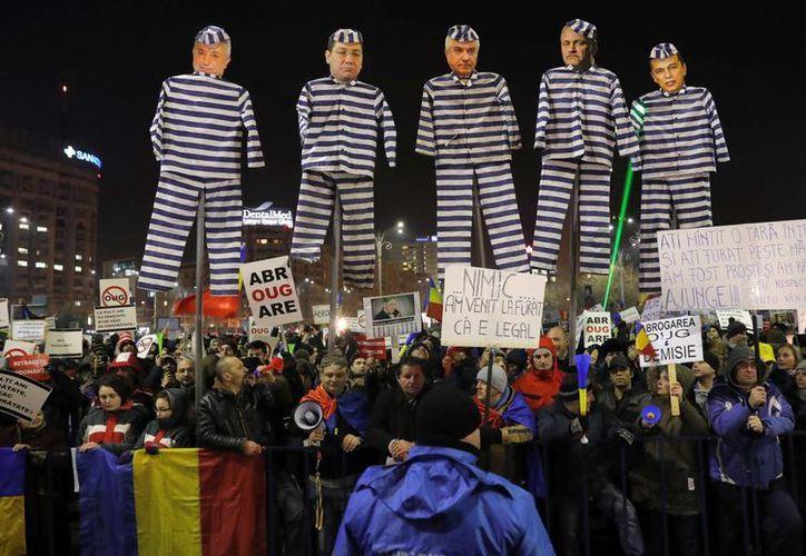 El gobierno de Washington se dijo preocupado por la tensa situación política que prevalece en Rumania. (AP/Vadim Ghirda)