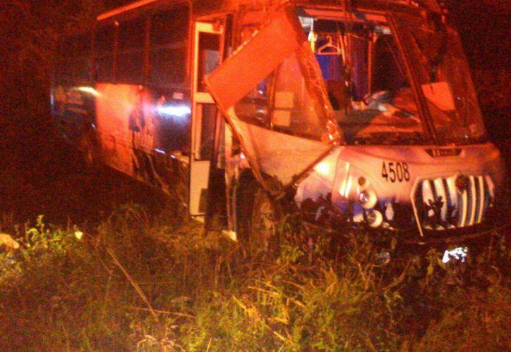 Más de 40 personas resultaron heridas en el accidente. (Christian Novelo/ SIPSE)
