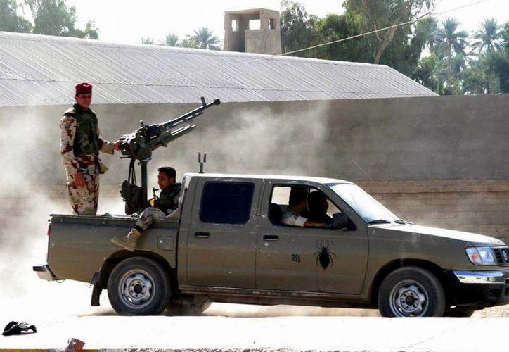 Soldados iraquíes patrullan la ciudad de Baquba, a 60 kilómetros al noreste de Bagdad, Irak. (Archivo/ EFE)