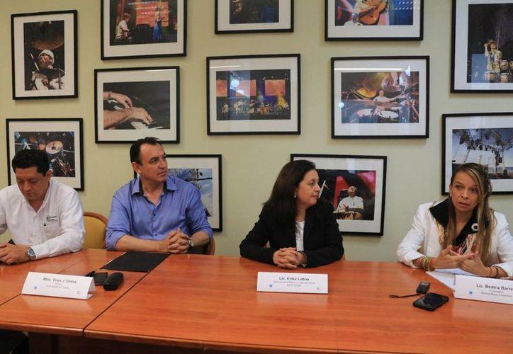 La Unicaribe y Hearth Check firmaron un convenio para desarrollar investigación sobre  sustentabilidad en turismo. (Adrián Barreto/SIPSE)