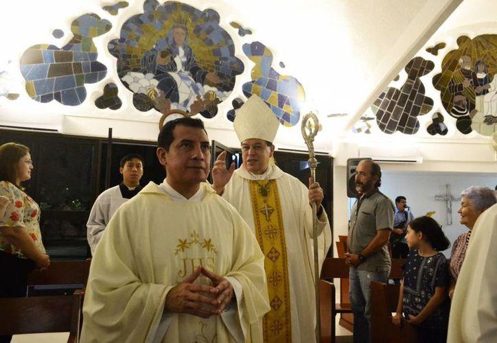 El Arzobispo celebró misa en la víspera de la fiesta de la Concepción. (Milenio Novedades)