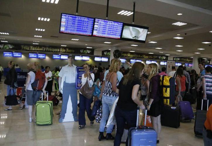 A nivel nacional, la mayor oferta se encuentra en vuelos desde la Ciudad de México a diversos destinos, entre estos: Mérida y Cancún. (SIPSE)
