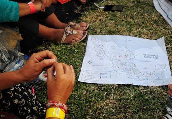 La Fiscalía del Estado de Puebla ya investiga la desaparición de una centena de personas que viajaban en la caravana migrante. (Cuartoscuro)