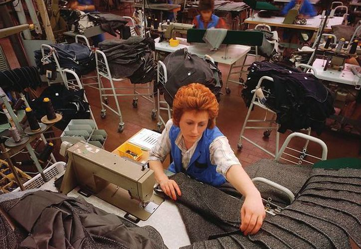 Las mujeres que realizan los mismos trabajos que un hombre en promedio ganan mil pesos menos. (nuevamujerlatina.com/SIPSE)