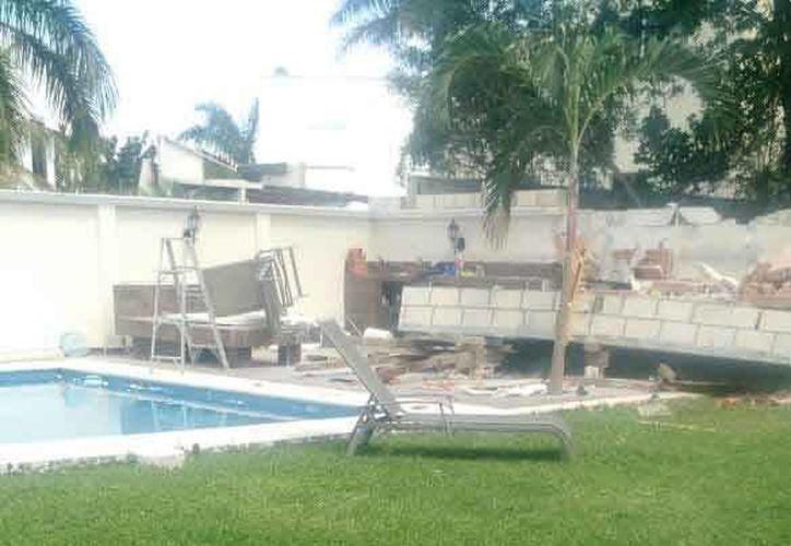 La construcción que se estaba llevando a cabo en una casa de Villa Magna se vino abajo. (Redacción/SIPSE)
