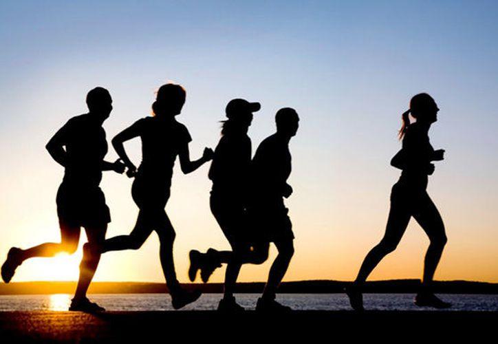 El momento ideal para hacer ejercicios siempre será cualquier hora del día que funcione mejor para ti, pero los beneficios de hacerlo por la mañana son increíbles. (Internet/Contexto)
