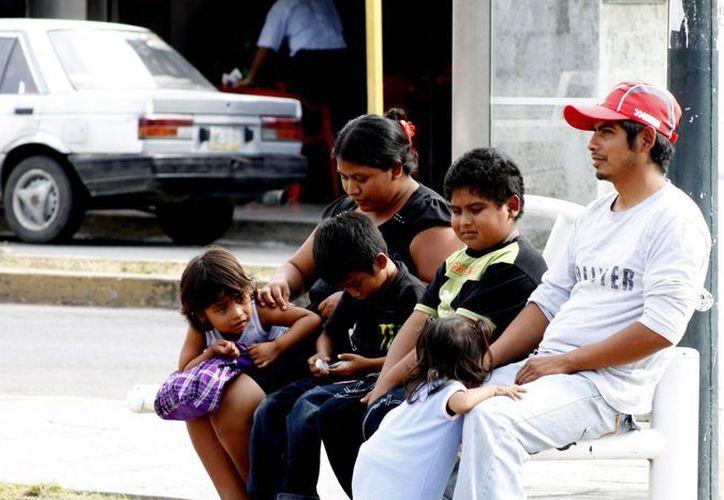 Quienes hablan maya son criticados por otras personas. (Francisco Sansores/SIPSE)