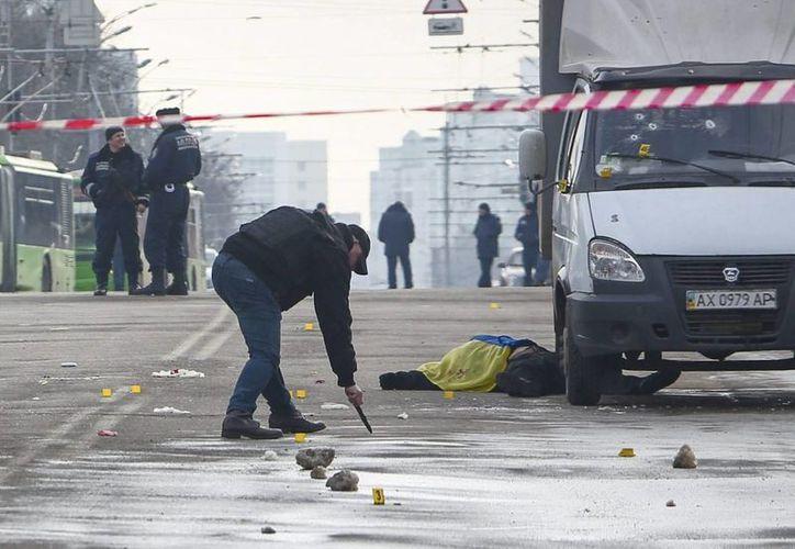 El atentado ocurrió justo a un año de la revolución que provocó la destitución del entonces presidente Víktor Yanukóvich. (EFE)