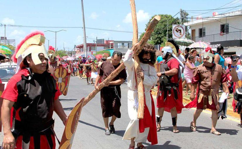 Este año el recorrido cambia de sede, saldrá de la Iglesia San Juan Diego hasta llegar a la del Niño de Atocha; participan templos de la zona rural.