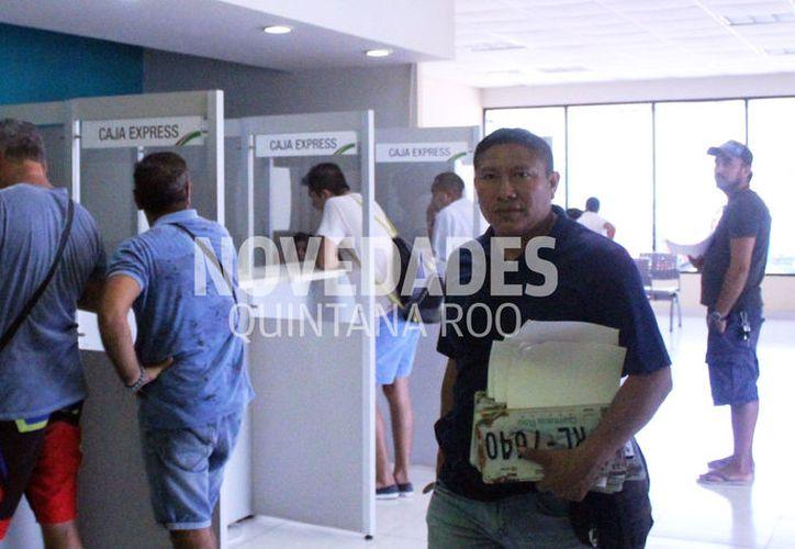 Después del 31 de marzo el trámite de reemplacamiento será más costoso. (Octavio Martínez/SIPSE)