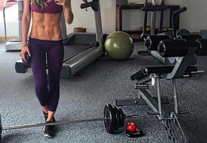 Vanessa Huppenkothen  dijo que lleva una dieta vegetariana y que siempre ha sido una freak del ejercicio. (instagram.com/vanehupp)